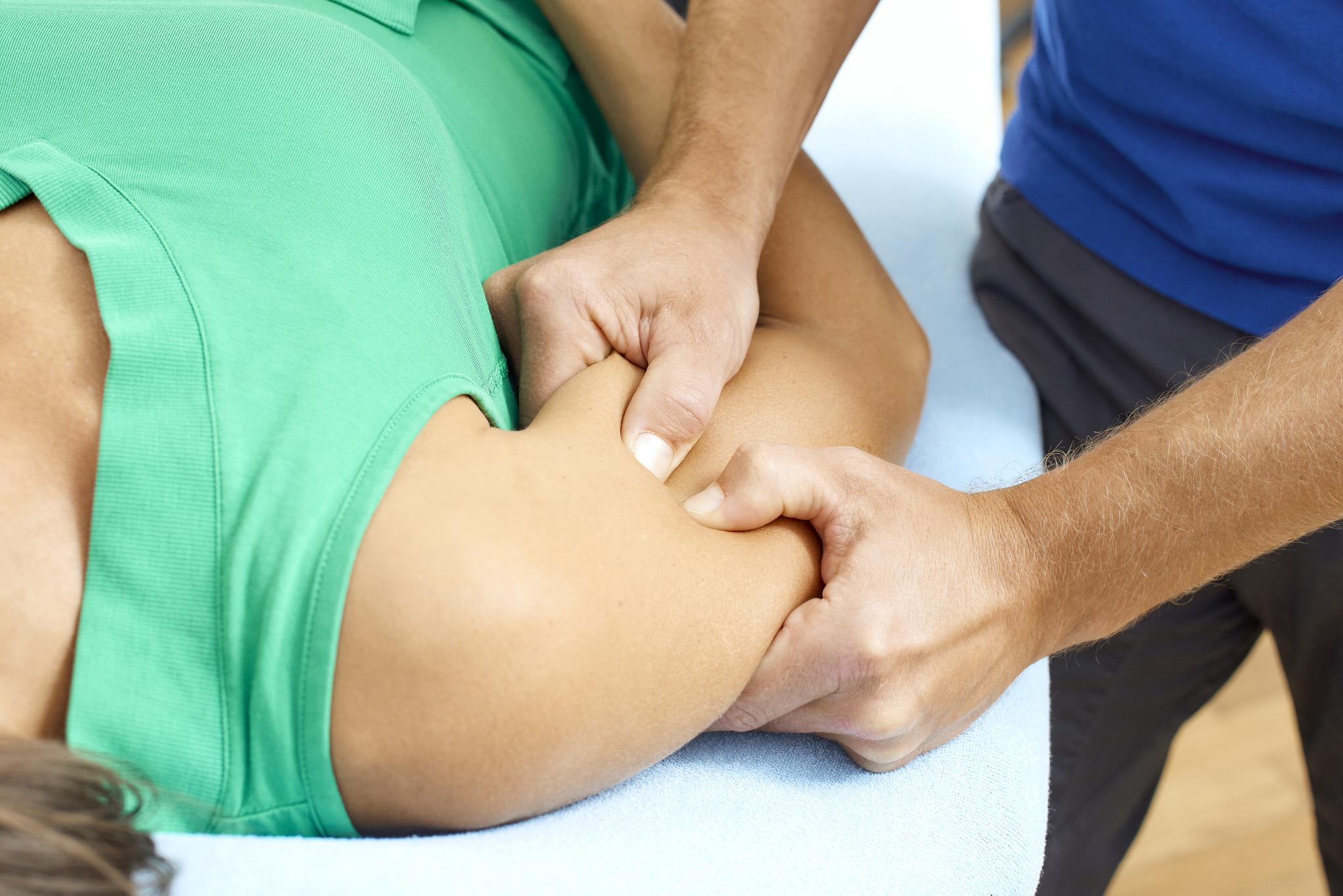 Faszientherapie nach Typaldos Oberarm Physiotherapie Connert Innsbruck